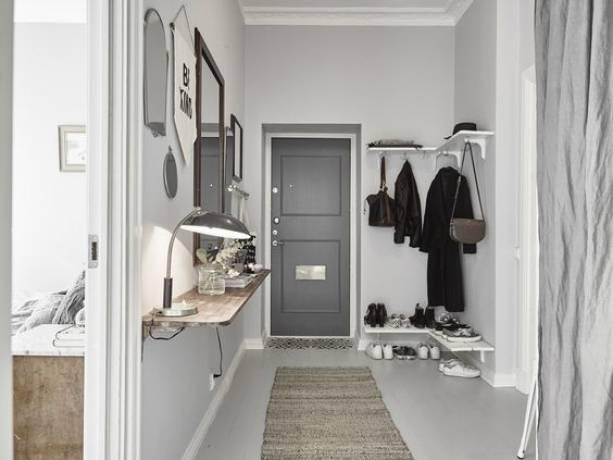 No dejes que la ropa suelta arruine tu decoración, ¡encuentra tu perchero perfecto!