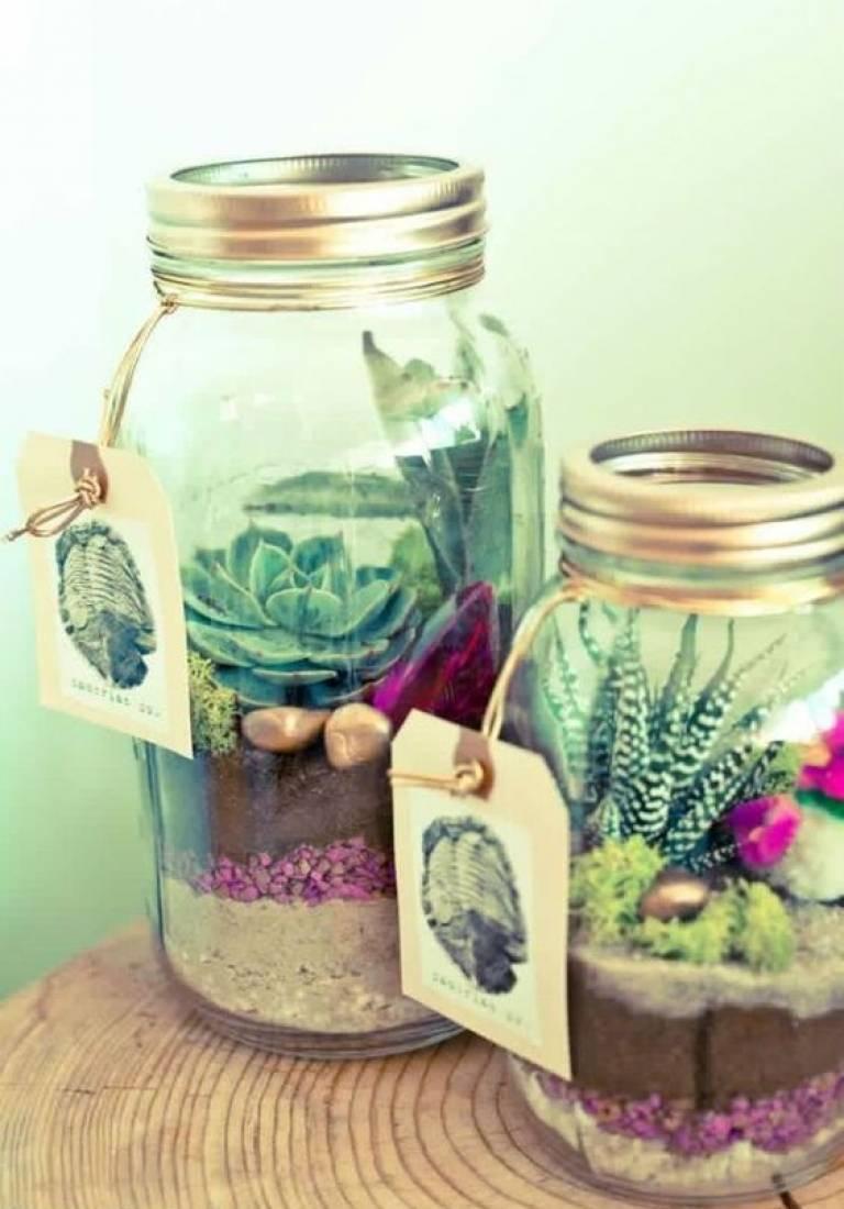 Reciclar decorando: cómo decorar con botellas de cristal.